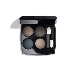 Chanel blurry blue Quadra eyeshadow- never used